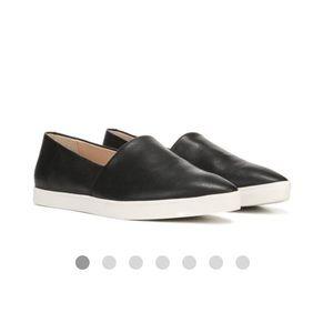 DR. SCHOLL'S vienna sneakers.